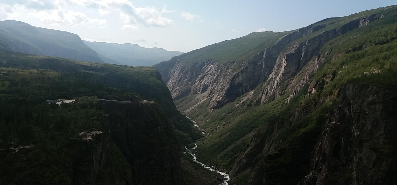vodopád, údolie